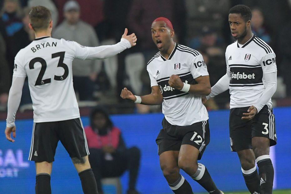 Ryan Babel, Fulham v WHU goal cele