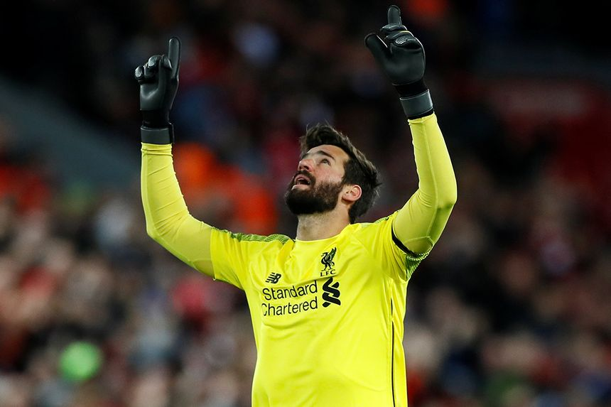 c6ebd08a2 Alisson joins goalkeeping legends with clean sheets