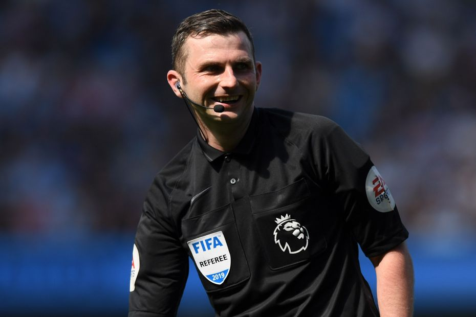 Referee Michael Oliver