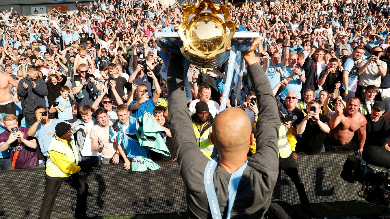 Manchester City's PL Trophy celebrations