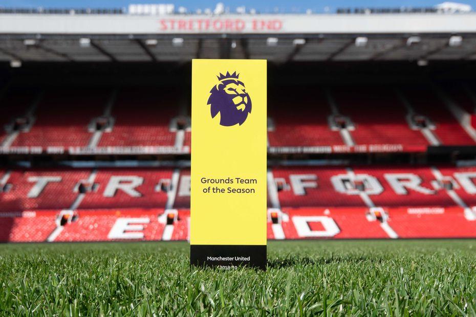 Man Utd grounds team award