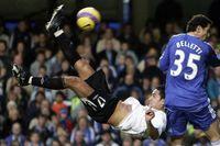 Flashback: Cahill overhead kick stuns Chelsea