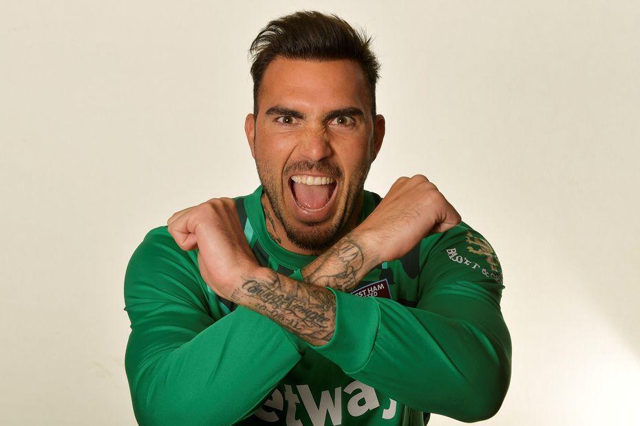 Roberto, West Ham