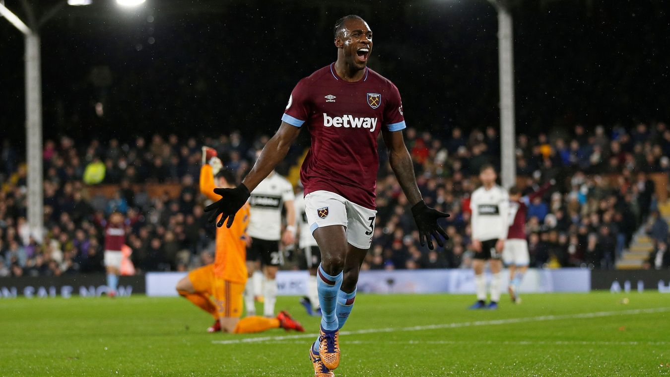 Michail Antonio scores to give the Hammers a 2-0 lead