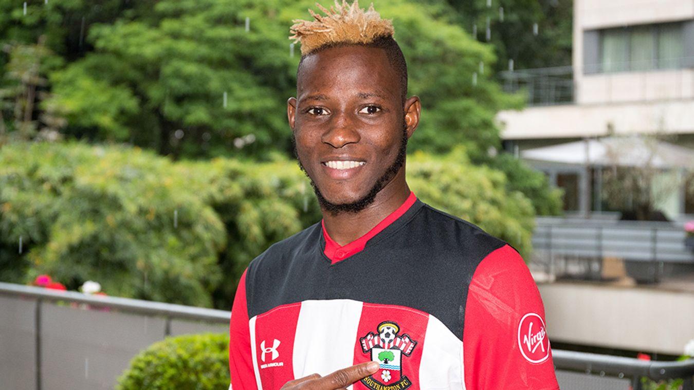 Moussa Djenepo, Southampton