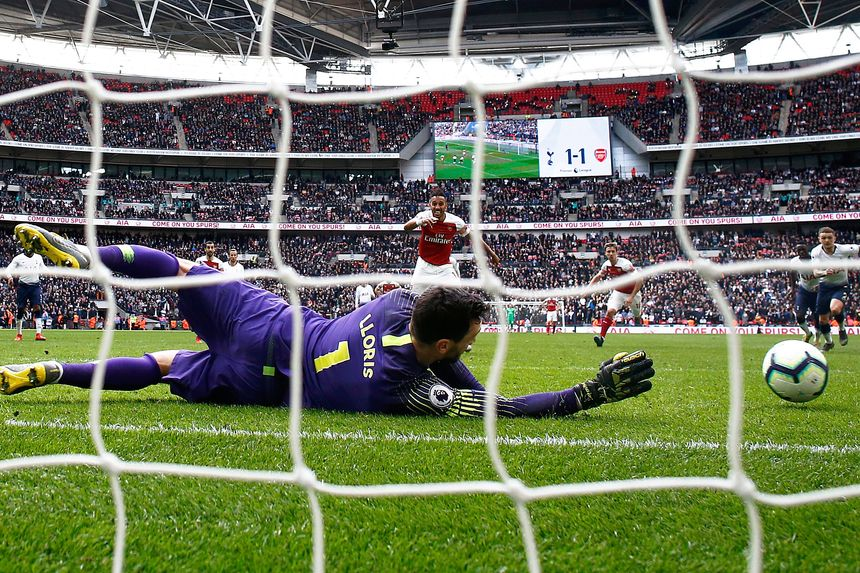 Hugo Lloris penalty save