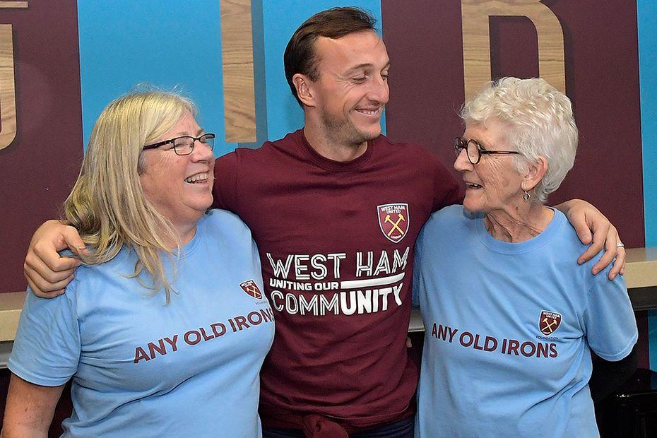 Any Old Irons, Mark Noble, West Ham United
