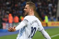 Flashback: Sigurdsson's Milestone goal against Leicester