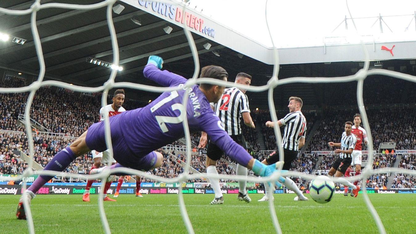 Newcastle United v Arsenal