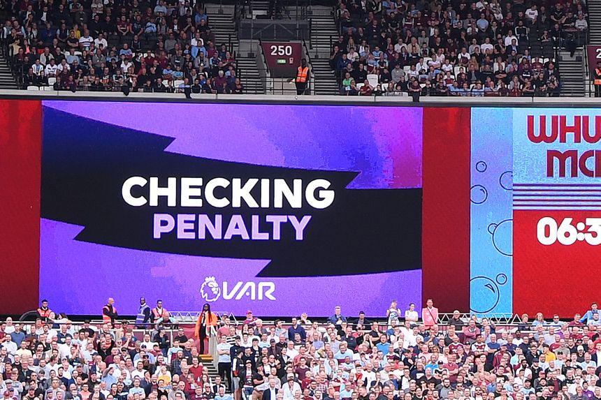 VAR check for West Ham v Man City