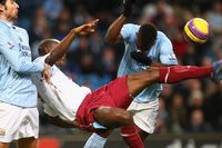 Flashback: Cole overhead kick versus Man City