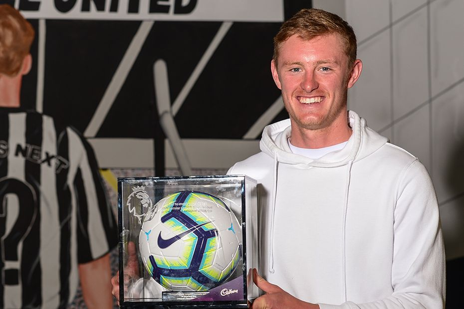 Sean Longstaff, Newcastle United debut ball