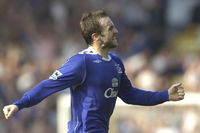 Goal of the day: McFadden magic for Everton