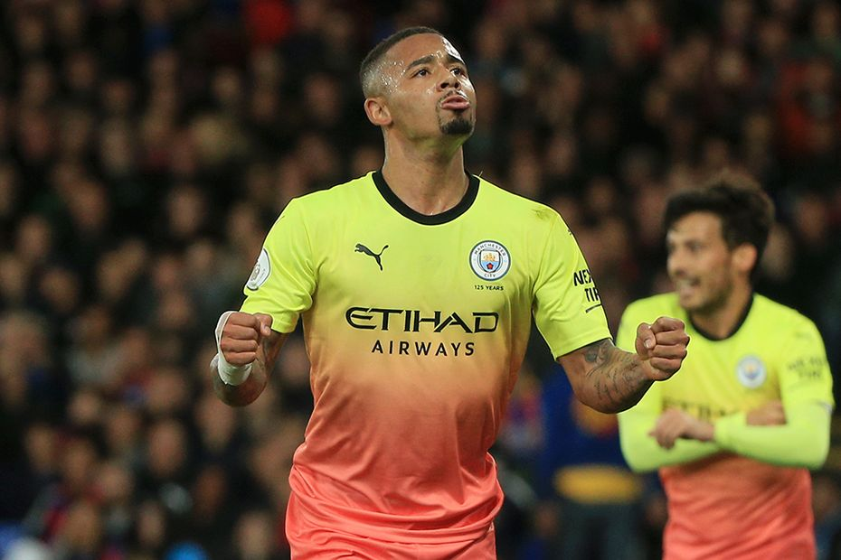 Gabriel Jesus scores for Manchester City against Crystal Palace