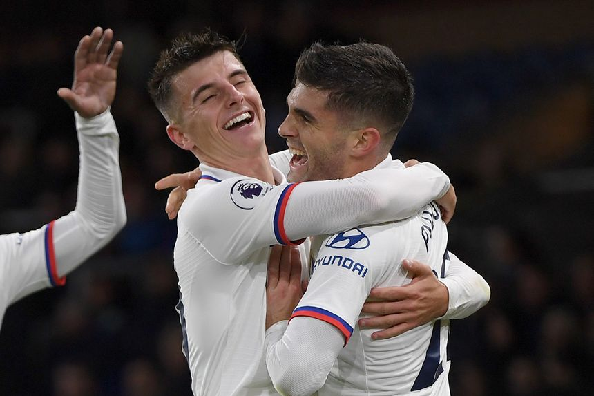 Chelsea's Mason Mount and Christian Pulisic