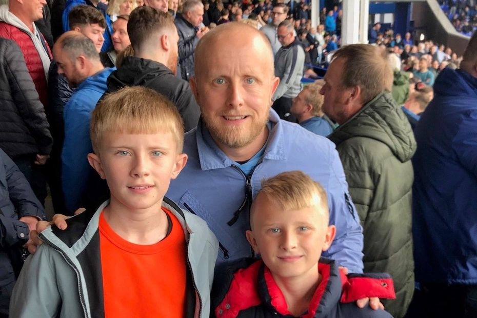 U18s seasoncard, Paul and family MCI fans cropped