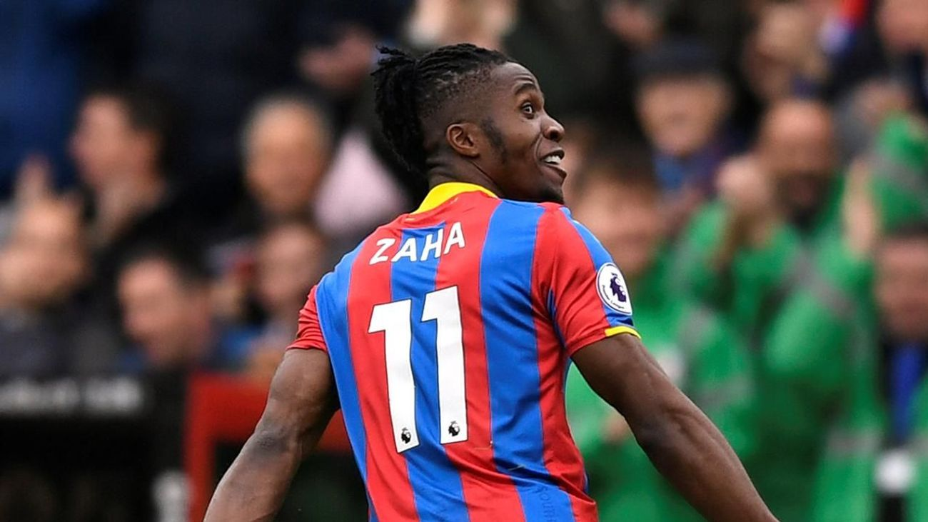 Flashback: Zaha finishes team move against Leicester