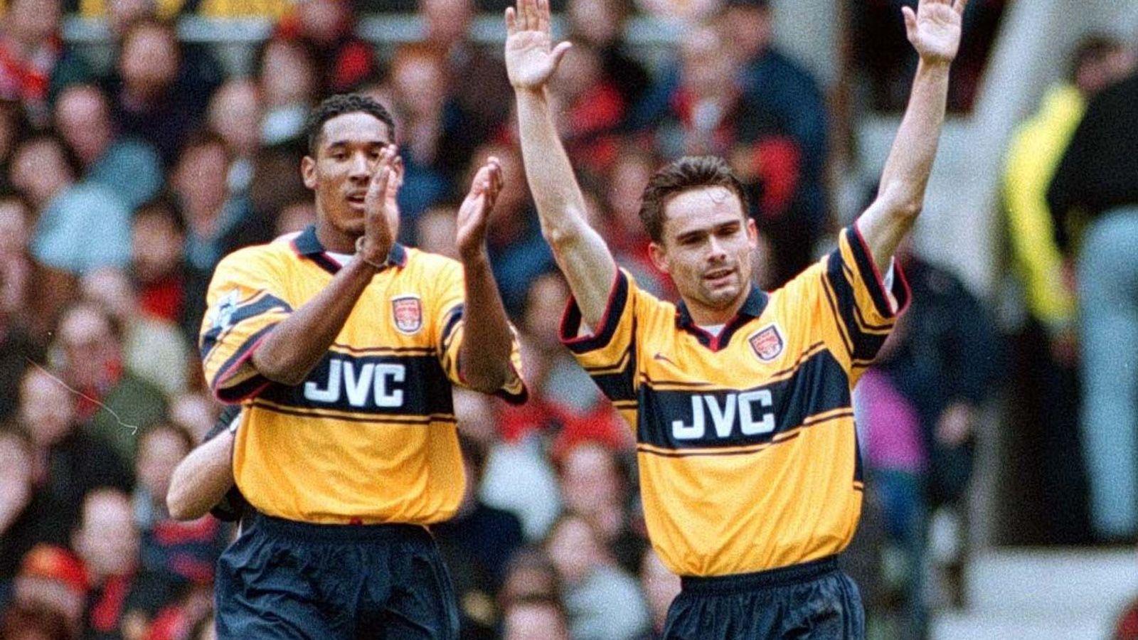 1997/98 Premier League Season Review