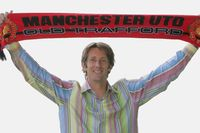 On this day - 5 June 2005: Man Utd agree Van der Sar transfer