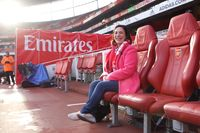 Arsenal fan Jessica fulfils dream to see team in London