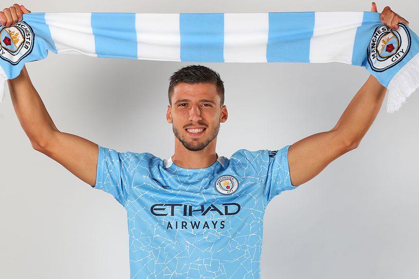Ruben Dias signs for Manchester City