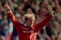 Flashback: Beckham's trademark free-kick
