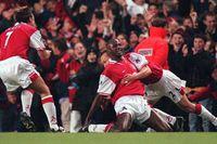 Flashback: Arsenal edge Man Utd in classic