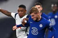Owen: Chelsea v Spurs an early title duel