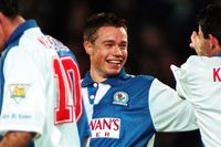 Goal of the day: Le Saux's unstoppable shot