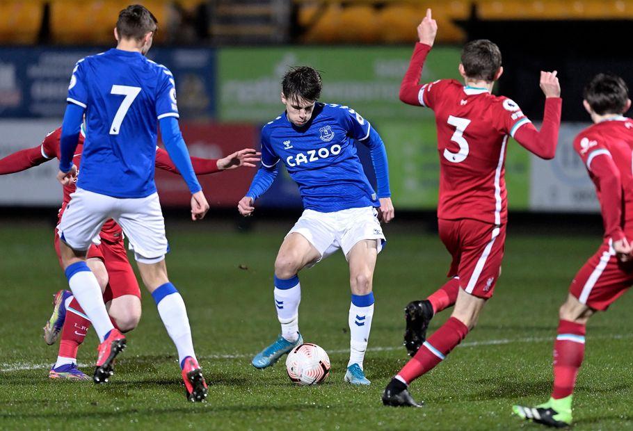 Rhys Hughes, Everton