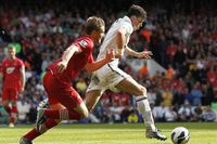 Flashback: Bale beats Shaw and smashes in