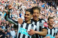 Flashback: Newcastle come back to beat Arsenal