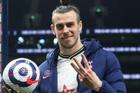 Sanderson: Bale is steps ahead of other players