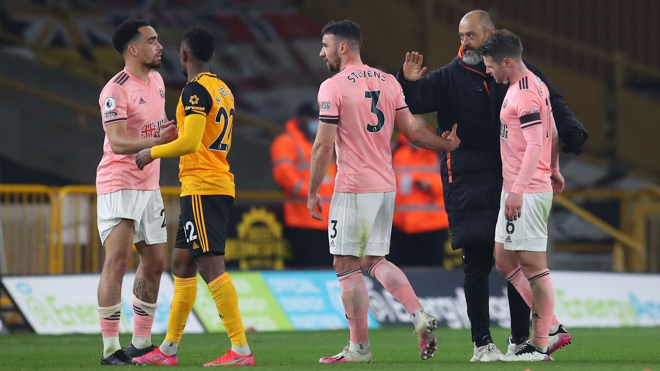 Early misery for Blades
