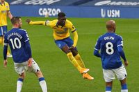 Flashback: Bissouma's magnificent volley at Everton