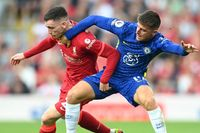Carney: Chelsea have the upper hand on Liverpool and Man City