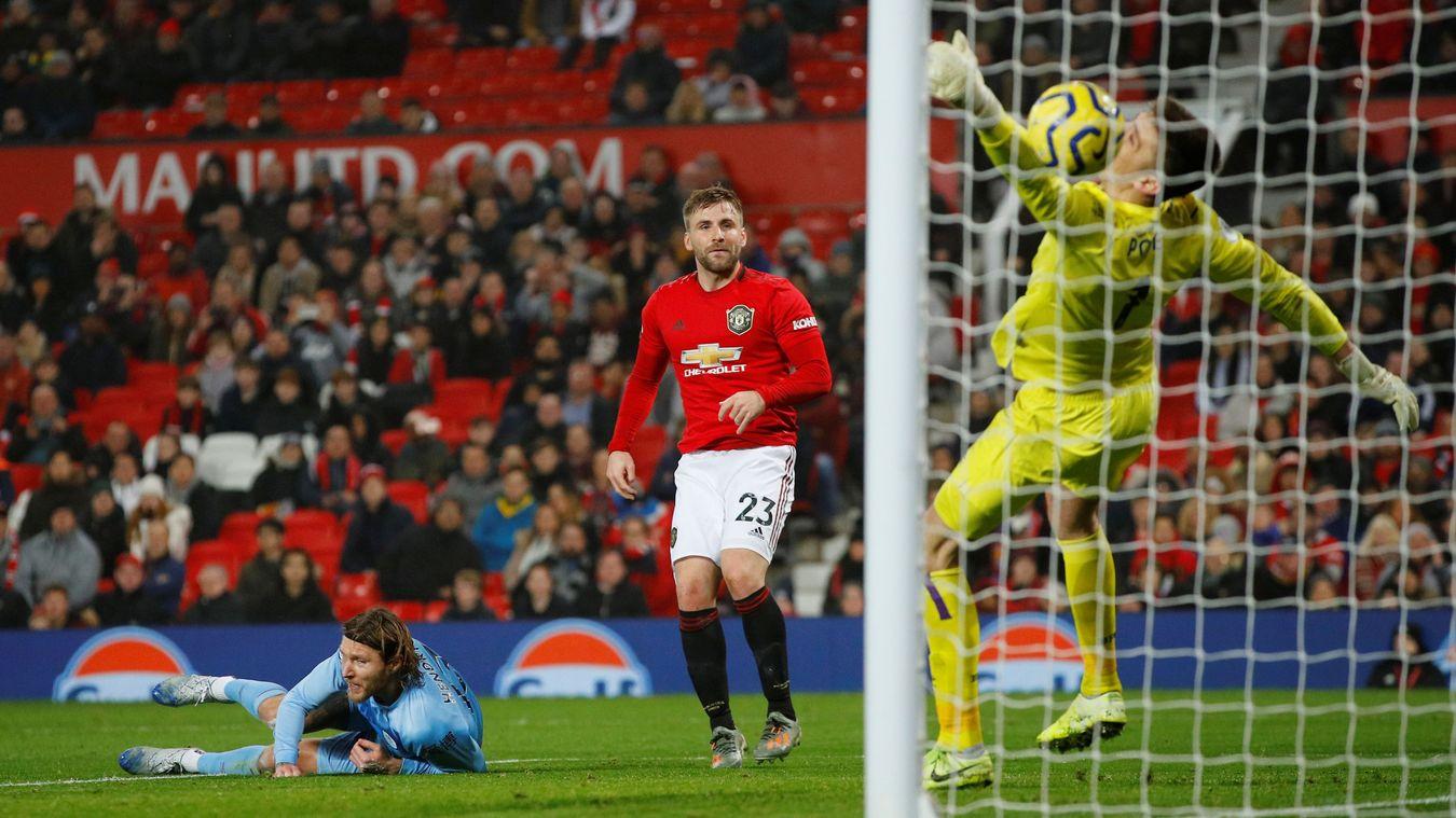 Manchester United 0-2 Burnley