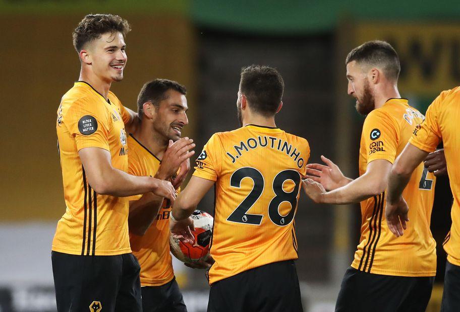 Wolverhampton Wanderers v Crystal Palace