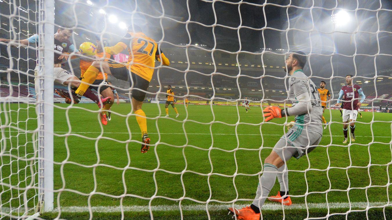 Burnley 2-1 Wolverhampton Wanderers