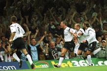 Iconic Moment: Bolton score five on return