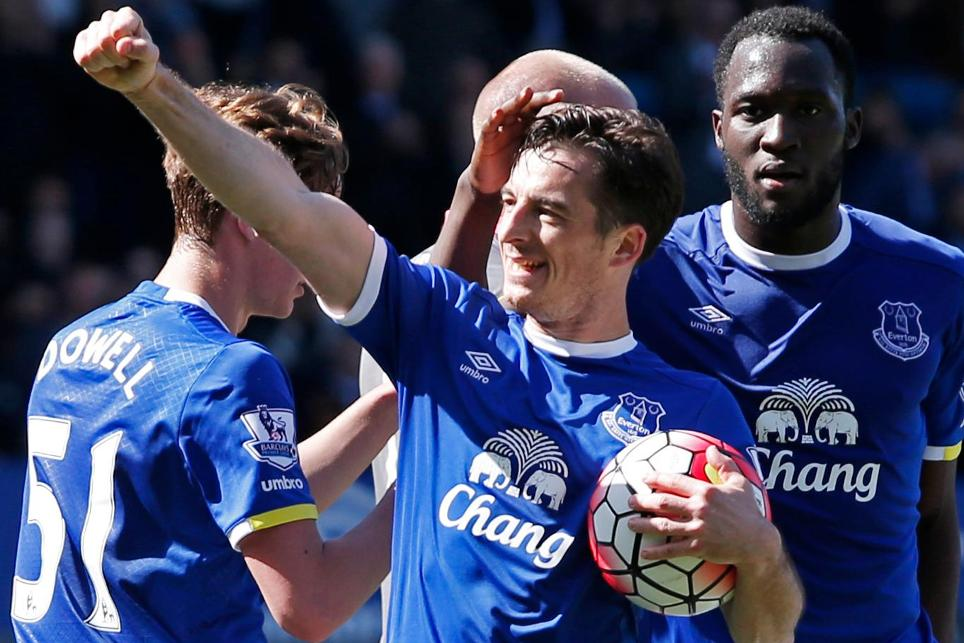fpl-scout-rise-and-shine-030816-leighton-baines-everton-goal-cele