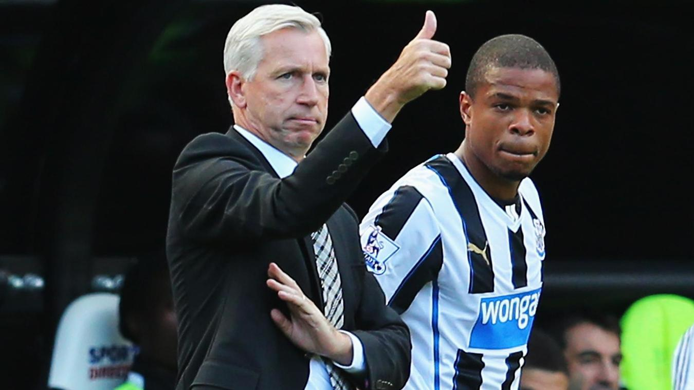 Loic Remy and Alan Pardew