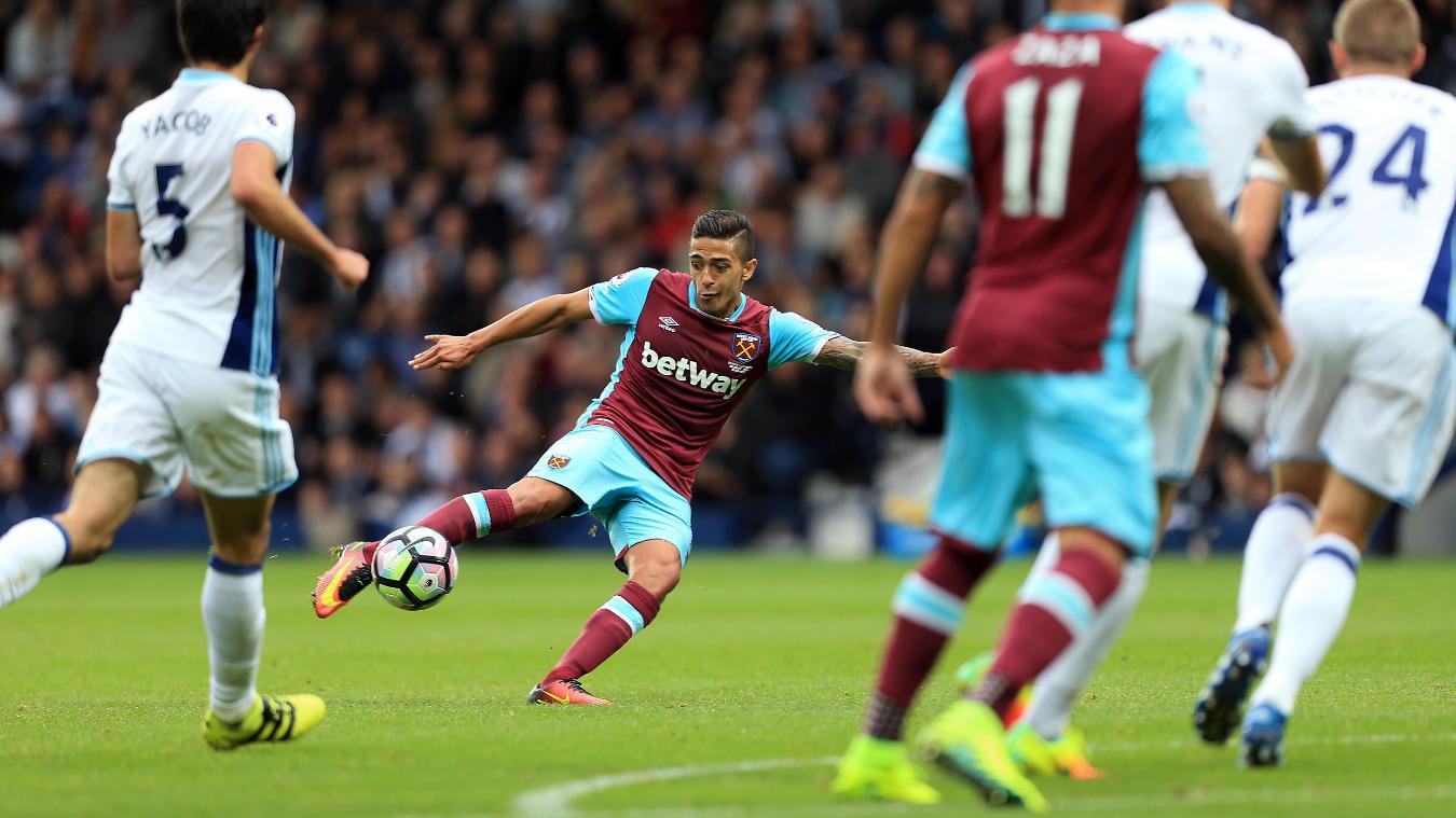West Bromwich Albion v West Ham United, Manuel Lanzini shoots