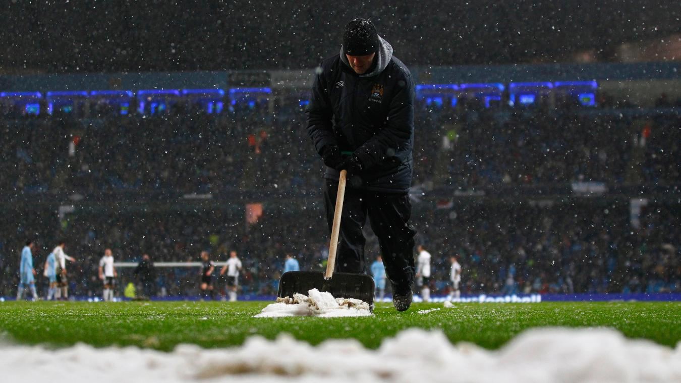 Man CIty Fulham snow postponement.JPG