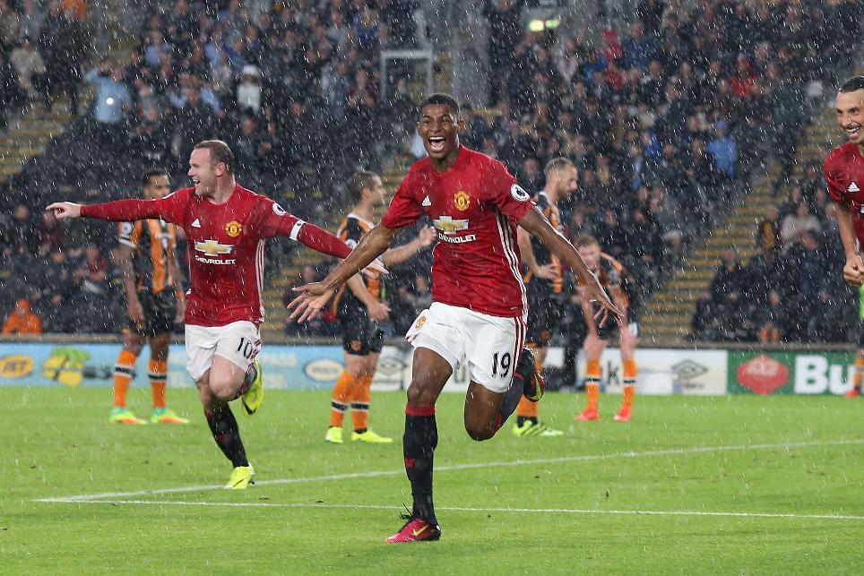 Marcus Rashford celebrates scoring against Hull