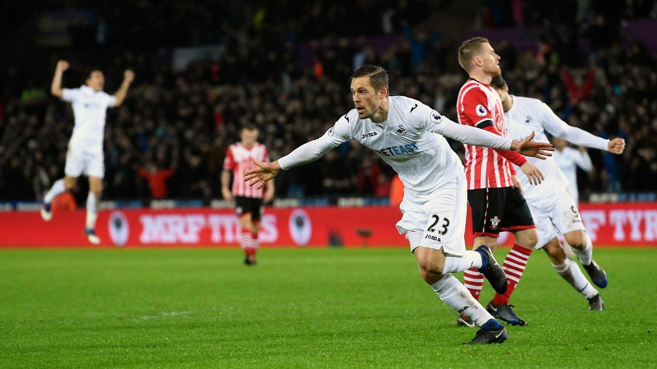 Swansea City v Southampton, Gylfi Sigurdsson celebrates