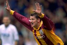 Iconic Moment: Windass nets Bradford's first PL treble