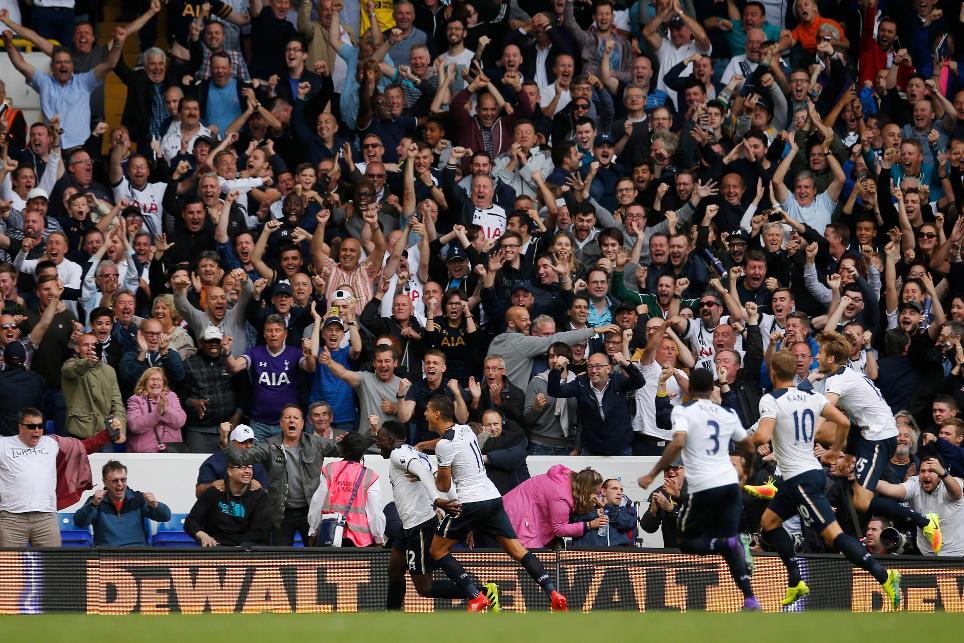 Tottenham Hotspur players celebrating