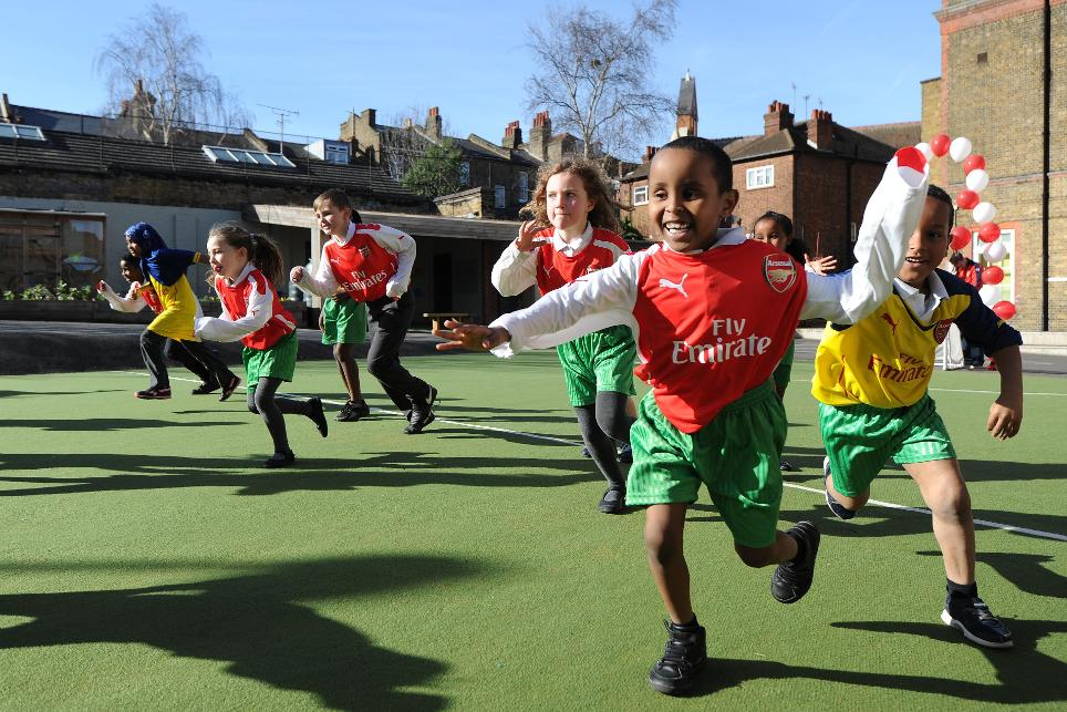 Arsenal, Hargrave School Pitch Opening