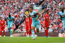 Lanzini: Full debut at Anfield was incredible